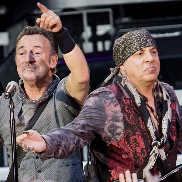 The Details Behind Stevie Van Zandt And Bruce Springsteen's Fight And Reconciliation