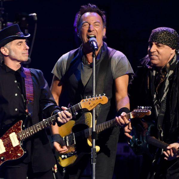 The Reason Bruce Springsteen Gave $2 Million To Each E Street Band Member